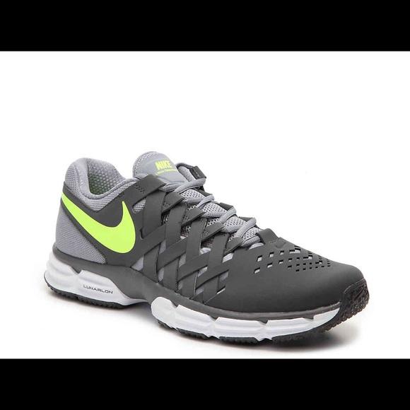 cc5016b3515c3e Nike Lunar Fingertrap Men Training Shoes. M 5ab0a4c450687ce3a0abba20